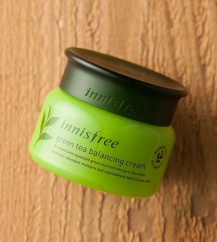 green tea balancing cream-2