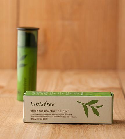 innisfree green tea moisture essence-3