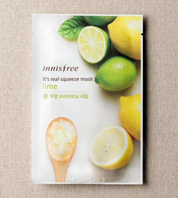 mat-na-duong-trang-tu-chanh-innisfree-its-real-squeeze-mask-lime-1